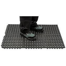 Erősített álláskönnyítő szőnyeg