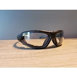 Levo - víztiszta védőszemüveg (száras és gumipántos egyben)